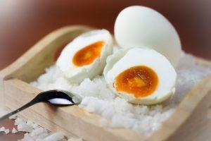 kandungan gizi telur asin